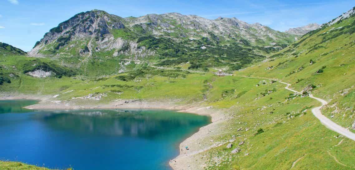 Radtour zur Freiburger Hütte von Lech in Vorarlberg
