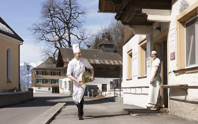 Kulinarik_Bergsennerei Schnepfau (c) Adolf Bereuter - Bregenzerwald Tourismus