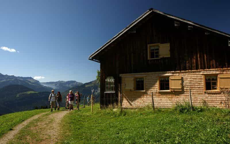 Wanderer Sonderdach (c) Ludwig Berchtold - Bregenzerwald Tourismus