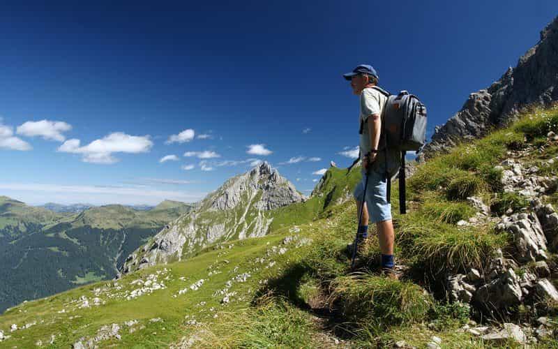 Wanderer auf der Künzelspitze (c) Ludwig Berchtold - Bregenzerwald Tourismus